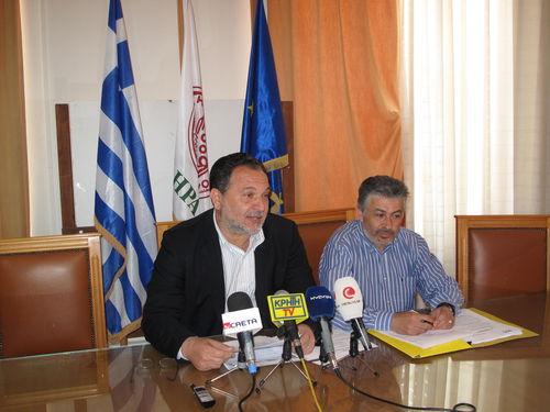 ο Δήμαρχος κ. Κουράκης με τον Αντιδήμαρχο Οικονομικών κ Αγαπάκη